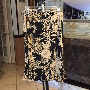 Old Navy Large Skirt good condition